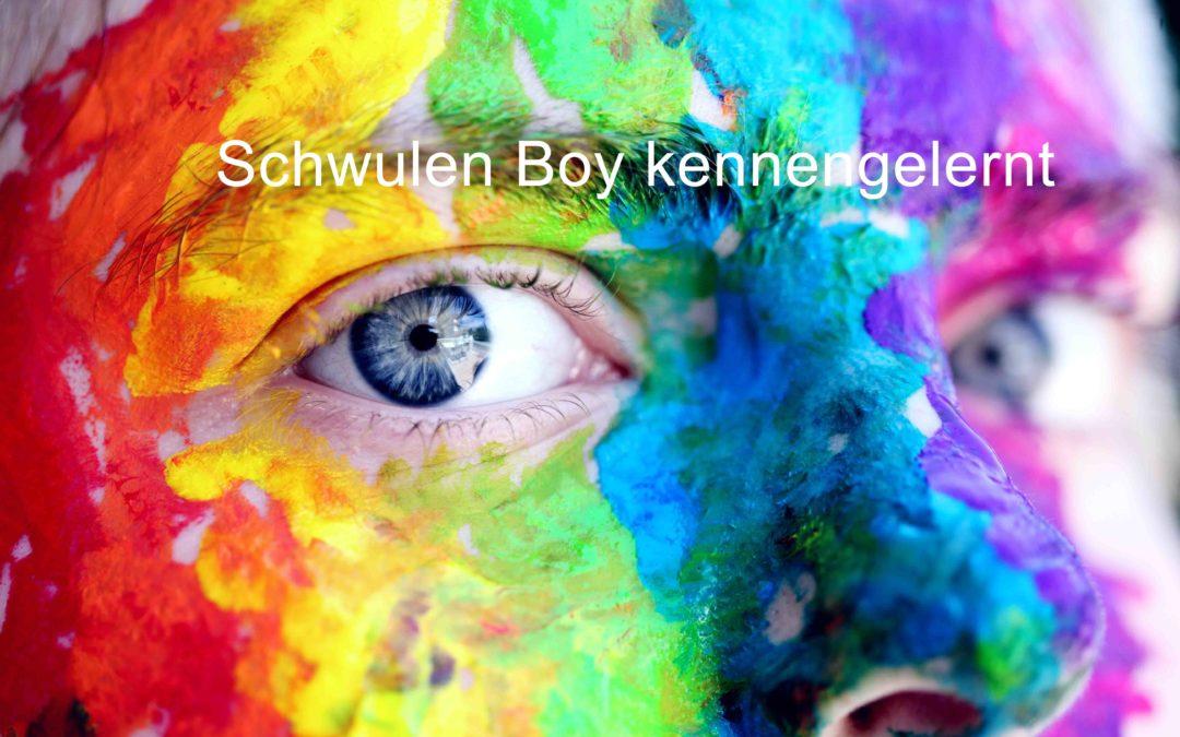 Schwulen Boy kennengelernt